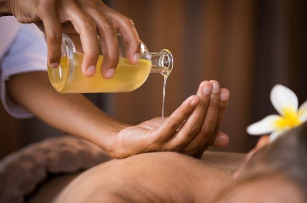 Massagen: Abhayanga Ayurveda Ölmassagen